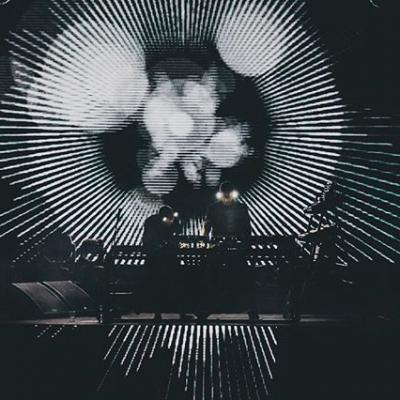 🔘 ONE BIG MOMENT 🔘 . . #orbital #acidhouse #dancemusic #electronicdancemusic #rave #ravers #dj #music #oldschool #90srave #nowplaying #housemusic #technomusic #acidtechno